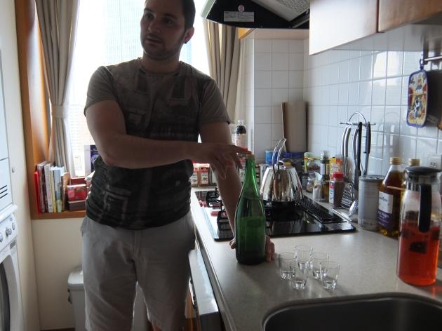 ホームメイドのラッキアは、透明なお酒。強そう~~