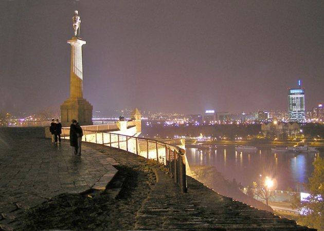 夜のベオグラード(Wikipediaより